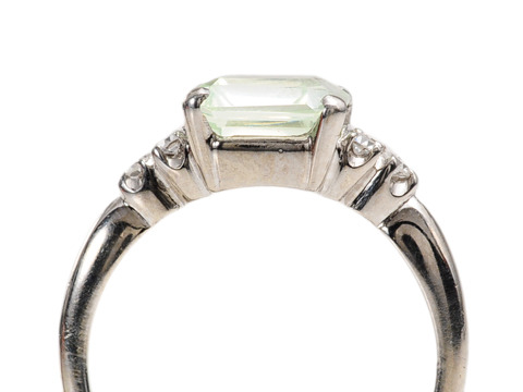 Green Goddess: Spinel Diamond Ring