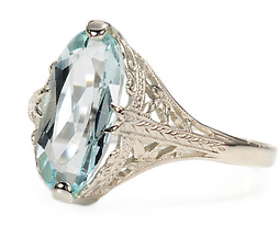 American Art Deco Aquamarine Filigree Ring