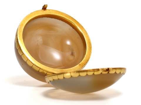 Early 18th C. Agate & Gold Box