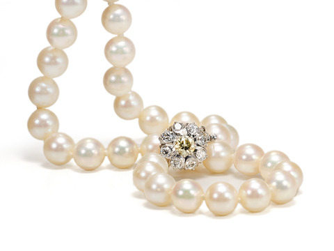 Strand of Pearls & Diamond Cluster Clasp