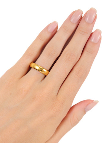 A Century of Love: Antique 22k Gold Wedding Band