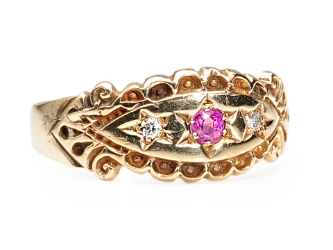 Art Deco Artistry in a Ruby Diamond Ring