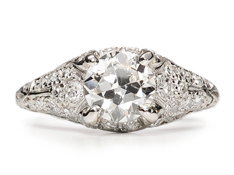 Age of Elegance in an Edwardian Ring