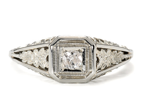 Art Deco Sparkle in a Diamond Ring