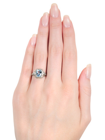 Art Deco Chinoiserie: Aquamarine Diamond Ring