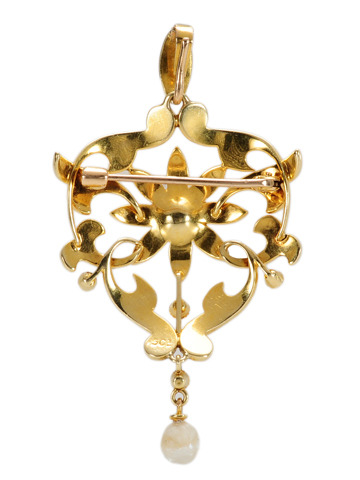 Star Power: Edwardian Pearl Pendant Brooch