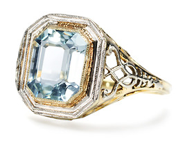 Sultry Art Deco Aquamarine Ring