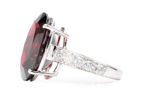 Breathtaking Red Spinel Diamond Ring