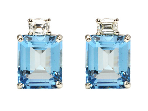 Excitement Personified: Aquamarine Diamond Earrings