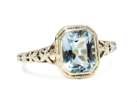 Ebb & Flow: Natural Aquamarine Ring