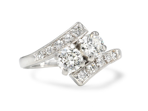 Platinum Arches in an Art Deco Diamond Ring