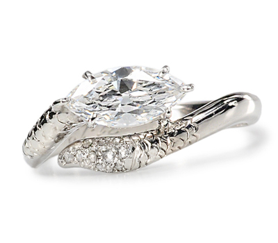 Luxurious Diamond Snake Crossover Ring