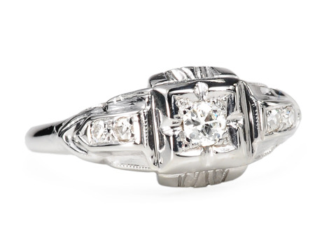 Gleaming Art Deco Diamond Ring