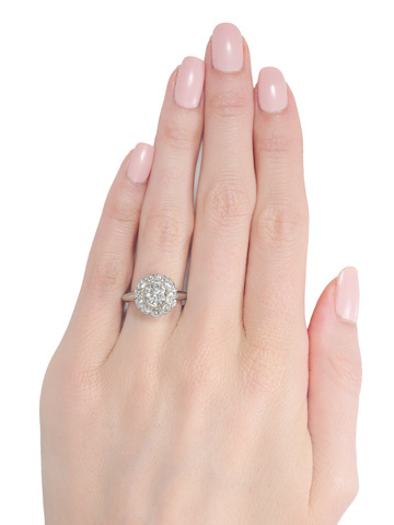 Fab 1.05 c. Diamond Cluster Ring