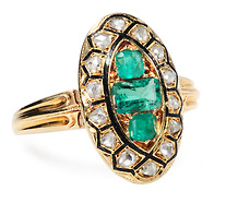 Victorian Verve: Emerald Diamond Ring