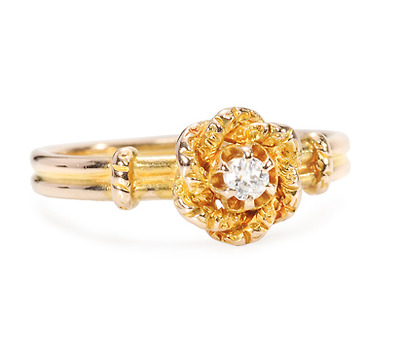 Glowing Wreath of Gold - Diamond Ring