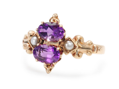Victorian Charm: Amethyst Pearl Ring