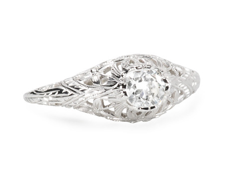 Filigree Finesse in a Diamond Ring