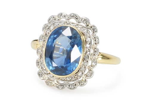 Cornflower Blue Sapphire Diamond Ring