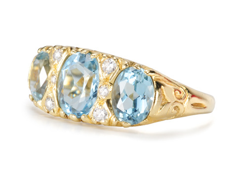 English Diamond & Aquamarine Ring