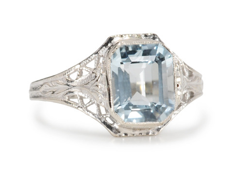Summer Breeze: Aquamarine Filigree Ring