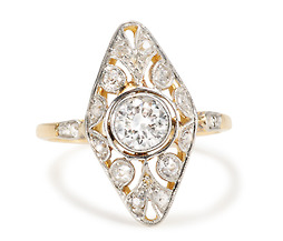 Hypnotic Vintage  Diamond Ring