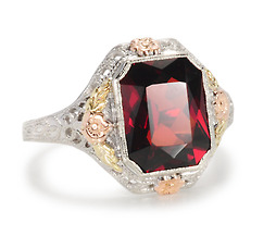 Sophisticated Lady: Glorious Vintage Garnet Ring