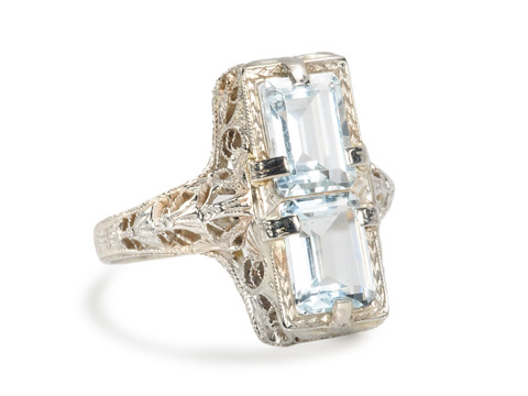 Vintage Pale Blue Aquamarine Filigree Ring