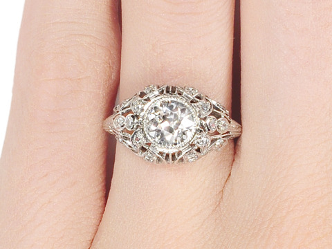 Diamond Desire in a Platinum Ring