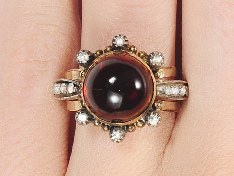 Edwardian Delight: Garnet Diamond Ring