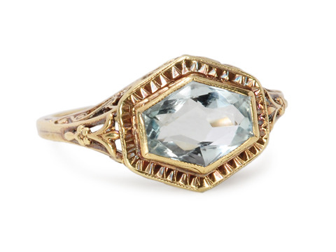 Ocean's Wave - Vintage Aquamarine Ring