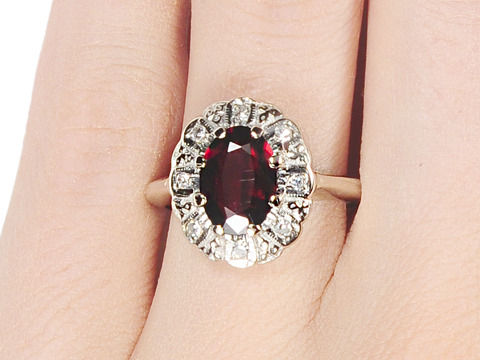 Lusciousness Personified: Garnet Cluster Ring