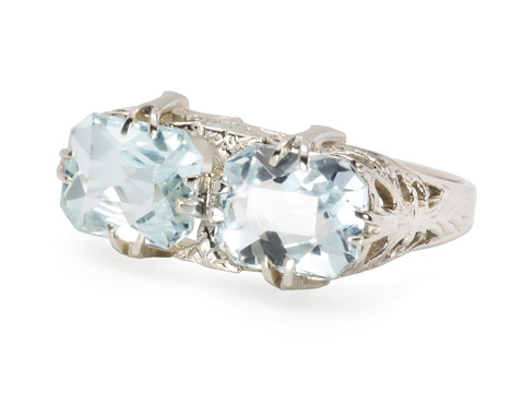 Lyrical Notes in an Aquamarine Ring