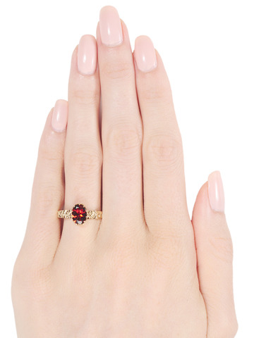 Edwardian Spice: Antique Garnet Ring