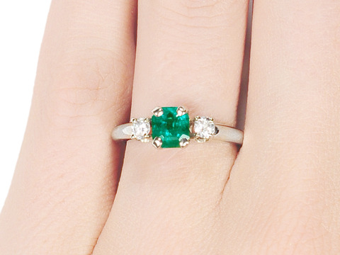 Sleek Emerald Diamond Ring