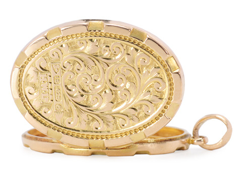 Everyday Exceptional - Gold Locket of 1914