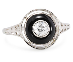 Solitaire Diamond & Onyx Vintage Ring
