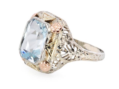 Striking Aquamarine Filigree Ring