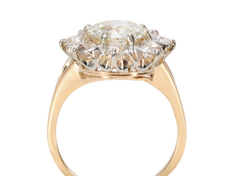 Glam & Glitter: 1.72 c.  Diamond Cluster Ring