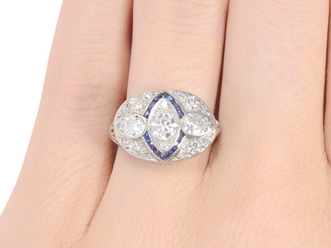 Echo of a Kiss - Diamond Sapphire Ring