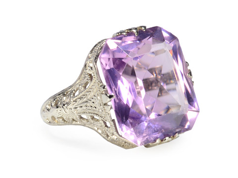 Art Deco Amethyst Filigree Ring