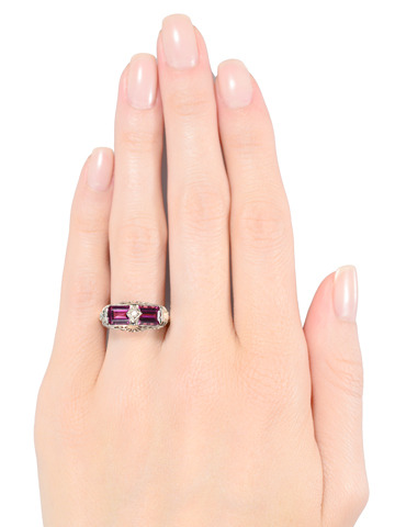 Colorburst Filigree Garnet Ring