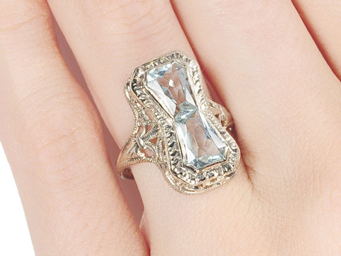 Moments of Time: Vintage Aquamarine Ring