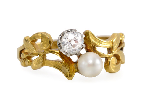 In Tune: French Diamond Pearl Ring