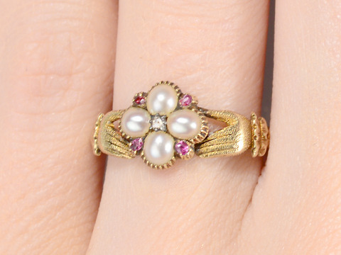 Exquisite Georgian Fede Locket Ring