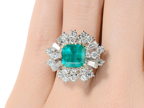 1960s Drama: Large Emerald Diamond Cluster Ring