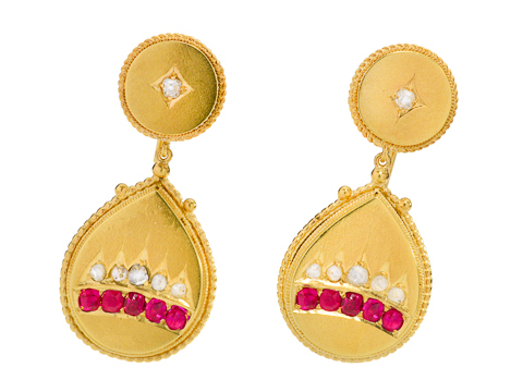 Royalty à la 2014! Diamond Ruby Earrings