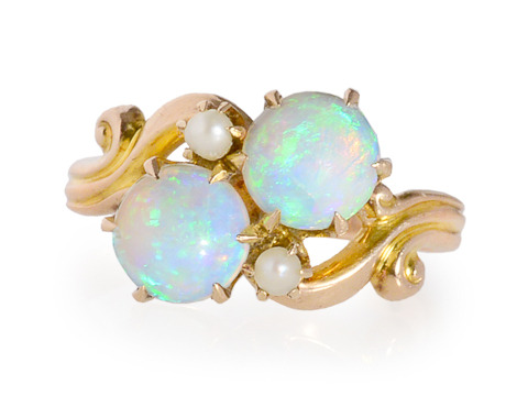 Opal Optics in a Vintage Crossover Ring