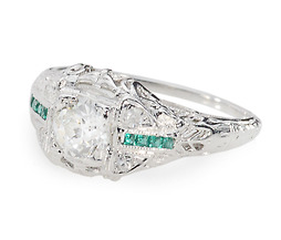Marveliscious Vintage Diamond Emerald Ring