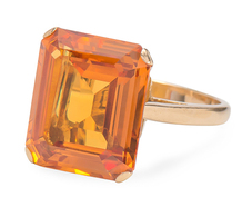 Citrine in the Square Ring